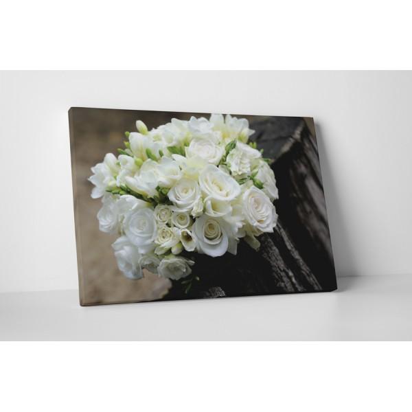 Biela kvetinová výzdoba
