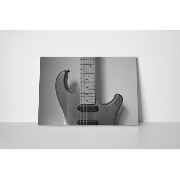 Jednoduchá elektrická gitara