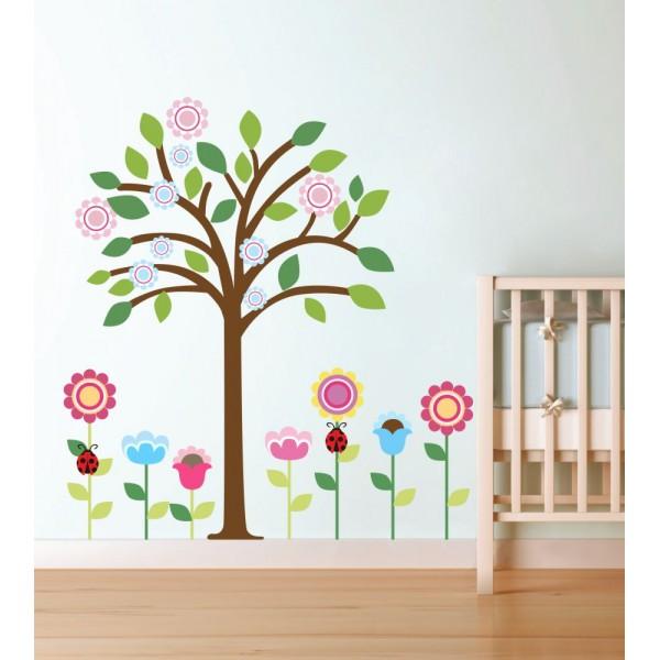Kvetinky a farebný strom